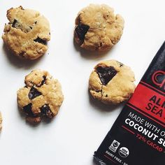 C is for cookie and it's VERY good for us ;) @balancedbylisa has a great recipe on her Instagram for grain free chocolate chip hemp seed cookies 🍪 ! Happy Weekend, Monkeys! 🐒#itsfoodnotcandy