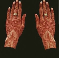 Morroccan henna uploaded by Ikrame on We Heart It Wedding Henna Designs, Modern Mehndi Designs, Unique Mehndi Designs, Beautiful Henna Designs, Henna Tattoo Designs, Henna Mehndi, Hand Henna, Mehendi, Morrocan Henna