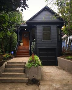 Before & After: A Portland Victorian is Painted Black | Apartment Therapy