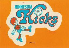 1979 Topps NASL #13 Minnesota Kicks Logo Front