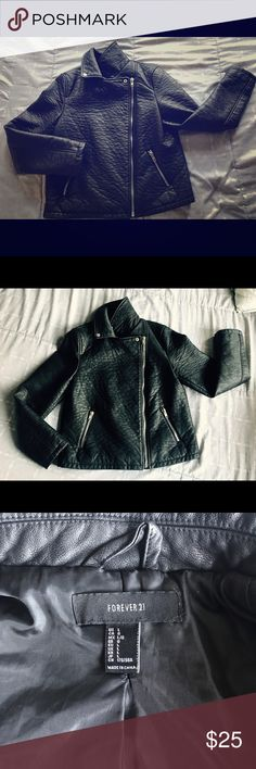 ‼️PRICE DROP‼️ FAUX Moto Leather Jacket NWOT - Purchased for my daughter and she never wore it. In PERFECT condition. All zippers work. The jacket is on the heavy side, perfect for the fall and winter months coming ahead. ‼️NO TRADES ‼️ Forever 21 Jackets & Coats