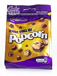 Cadbury Chocolate Popcorn. Für alle, die sich nicht entscheiden können: Popcorn, lecker umhüllt mit Cadbury Dairy Milk Vollmilchschokolade.