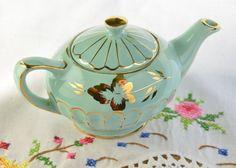 Sadler teapot/ mini tea pot/ blue sadler tea pot/ small sadler teapot by VieuxCharmes on Etsy
