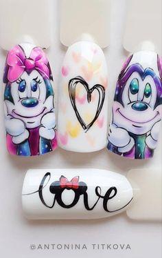 Minie Mickey in 2020 Disney Acrylic Nails, Best Acrylic Nails, Acrylic Nail Designs, Disney Nail Designs, Nail Art Designs Videos, Cute Nail Art, Cute Nails, Disney Inspired Nails, Mickey Nails