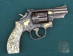 Elvis Presley's Custom Smith & Wesson .357 Magnum / not an advocate of guns but the design is lovely