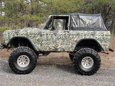 Max-5 Ford Bronco