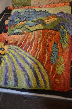 """Want to take a class from Sharon Smith of {Off the Hook Rugs} ...love her """"painterly impressionistic style"""" ~ LIVING THROUGH YOUR RUGS WITH SHARON SMITH"""