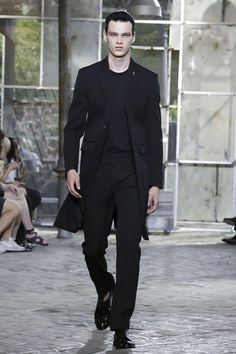 Givenchy Menswear Spring Summer 2016 Paris - NOWFASHION