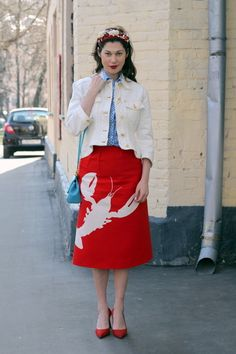This floral crown and whimsical skirt. | 35 Extraordinarily Chic Street Style Photos From Moscow