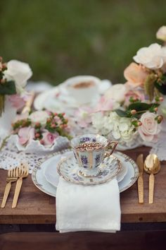 Vintage romance table scape. @Bridget Adams - this is a LOT but i like the general colors and ideas