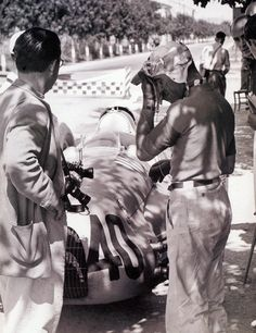 dbslrt:  Tazio Nuvolari, Auto Union D, Pescara 1938.