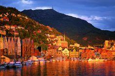Bergen Harbour at sunset. Photo: Bergen Tourist Board / Willy Haraldsen - visitBergen.com
