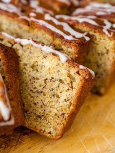 Banana Bread with Vanilla Browned Butter Glaze {Averie Cooks} Perfect Banana Bread Recipe, Banana Bread Recipes, Brown Sugar Glaze, Brown Butter, Delicious Desserts, Dessert Recipes, Bread Winners, Fruit Bread, Best Food Ever