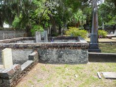Originally constructed in St. Helena's Episcopal Church in Beaufort, SC, and many of its gravesites are surrounded by tabby walls. (Photo by Cheryl Warren) Episcopal Church, Low Country, Military History, Cheryl, Memorial Day, Prayer, Reflection, Places To Visit, Walls