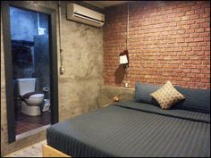 Rp Na Siam Guesthouse is located a short walk from Old Phuket Town. Free WiFi access is available. Free Wifi, Phuket, Thailand, Bed, House, Furniture, Home Decor, Decoration Home, Stream Bed