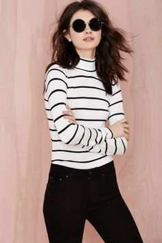 ||FASHION|| easy simple chic styling - mono stripe turtle neck top + black skinny jeans
