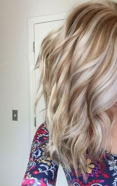 This is my hair! Golden lowlights with platinum highlights❤️❤️❤️ ha… This is my hair! Golden lowlights with platinum highlights❤️❤️❤️ hair by April Devers! Love Hair, Great Hair, Gorgeous Hair, Gorgeous Blonde, Beautiful, Platinum Highlights, Color Del Pelo, Brown Blonde Hair, Fall Blonde Hair Color