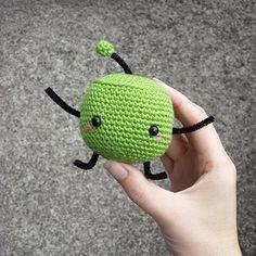Junimo - free crochet pattern by Fay Lyth. Stardew Valley