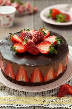 Chocolate and strawberry mousse cake easy recipe for a dessert that will amaze you … – backen Easy Cake Recipes, Sweet Recipes, Dessert Recipes, Chocolate Strawberry Cake, Chocolate Strawberries, Strawberry Mousse, Gourmet Desserts, No Bake Desserts, Cake Cookies