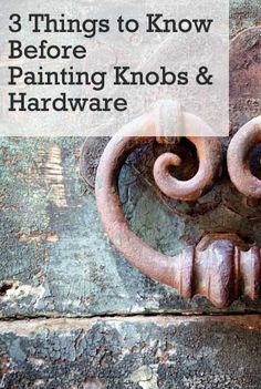 pPainting knobs, pulls and other metal hardware is a great way to fix up fixtures without the added expense of replacing them.  There are a few benefits to painting hardware over buying new.  One, is that some older knobs and pulls have character  style that are near impossible to /p