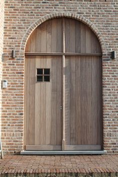Houten buitendeuren - Ronny Wens schrijnwerkerij - Lilly is Love Brick Works, Brick Arch, Front Doors With Windows, Belgian Style, Exterior Paint Colors For House, Cottage Farmhouse, My Dream Home, Decoration, Building A House