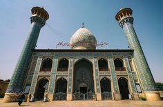 Esfahan / IRAN - Pinned by Mak Khalaf IRAN City and Architecture skycitystreettravellightarchitecturecityscapeartholymosqueirantehranisfahankashanmazandaranmerthan kortan by Merthan76