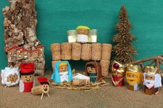 Pesebre hecho con corcho Christmas Nativity Set, Nativity Crafts, Diy Christmas Cards, Xmas Crafts, Kids Christmas, Christmas Decorations, Wine Cork Ornaments, Wine Cork Crafts, Diy Crafts For Tweens