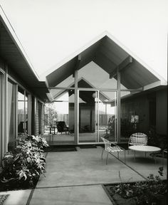 Eichler Home by ConejoThruTheLens, via Flickr
