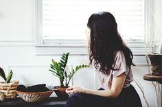 Mindfulness online – Bewust aanwezig zijn in het hier en nu. Volg mij en lees meer over mindfulness op www.facebook.com/praktijkyvetteoverbeeke