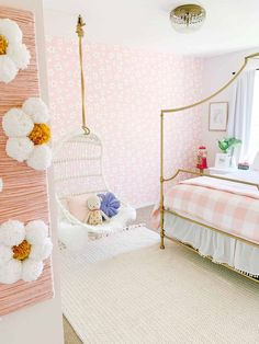 Check out this little girls room with pink daisy wallpaper and a hanging chair for a perfect little oasis. All the details and product info is in this post! Big Girl Bedrooms, Little Girl Rooms, Small Girls Rooms, Hanging Chair With Stand, Hanging Chairs, Hanging Beds, Kids Hanging Chair, Kid Chair, Daisy Wallpaper