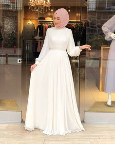 Eid Dresses, Modest Dresses, Formal Dresses, Dress And Heels, The Dress, Hijab Fashion, Fashion Dresses, Prom Dresses Long With Sleeves, Western Wear