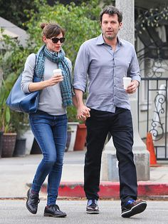 Star Tracks: Wednesday, February 19, 2014 | JOE TO-GO | Jennifer Garner and Ben Affleck enjoy an adults-only stroll Tuesday in Beverly Hills, where they grabbed coffee together.