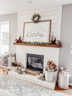 Fall Home Decor, Autumn Home, Fall Kitchen Decor, Fall Fireplace Decor, Fireplace Decorations, Fall Living Room, Faux Pumpkins, Farmhouse Decor, Farmhouse Fireplace