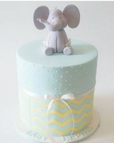 That baby elephant topper!