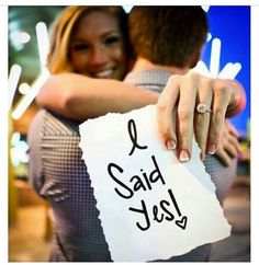 "engagement photo ""I said YES!"""