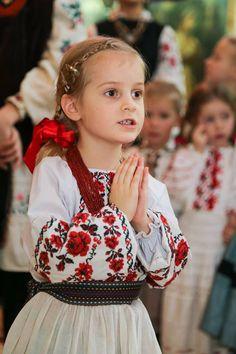 #Ukrainian #embroidery #shirt #Украинская #вышивка #Вышиванка #Українська…