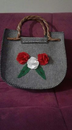 Diy Doll, Wool Felt, Costumes, Purses, Bags, Felt Pouch, Wallets, Craft, Crafts To Make