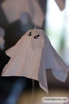 Fantôme fait à partir de mouchoir et de coton - facile - DIY