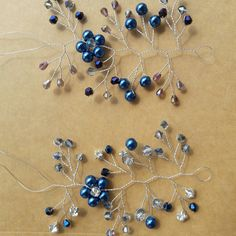 Do you know that DeliziosaAccessori loves working on your custom requests? :) Do not hesitate to contact us in case you have the accessory of your dreams in your mind! We will do our best in making your dream comes true. Blue version of bridal hair vine