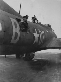 Forums / USAAF / USN Library / The Memphis Belle - Axis and Allies Paintworks