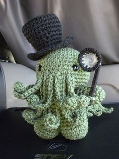 Ravelry: Cthulhu amigurumi pattern by Rural Rebellion. Dapper Cthulhu is dapper.