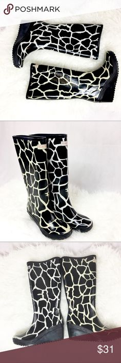 Wedge Wellies rain boots  size US7 giraffe glamour Made in England. Yes there is one yellow tone and one white tone. It's not a mistake, it's a trend:) wedge wellies Shoes Winter & Rain Boots