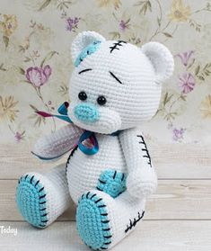 Crochet Teddy Bear Pattern, Crochet Books, Crochet Patterns Amigurumi, Knit Or Crochet, Amigurumi Doll, Free Crochet, Patron Crochet, Doll Patterns Free, Yarn Tail