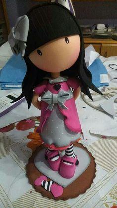 muñecas en cajas en foamy en 3d - Buscar con Google Foam Crafts, Arts And Crafts, Diy Crafts, Fimo Kawaii, Crea Fimo, Polymer Clay Dolls, Polymer Clay Jewelry, Fondant Figures, Bindi