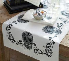 Day of the Dead Table Runner #skulls #halloween