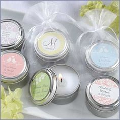 "#candlefavors #wedding<< I love candles!! They gotta smell good though. No plain vanilla or ""linen"" scent"