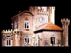 $8.5 million dollhouse with narration: 4-minutes in length. Re-loaded January 23, 2016 - YouTube