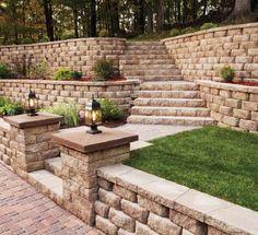 16 Super Ideas For Backyard Patio Steps Backyard Retaining Walls, Retaining Wall Design, No Grass Backyard, Sloped Backyard, Sloped Garden, Backyard Fences, Retaining Wall Steps, Backyard Ideas, Backyard Plan