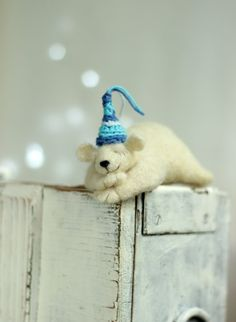 Needle Felt Withe Bear Dreamy White Bear by FeltArtByMariana