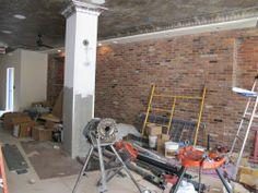 tryst-diner-exposed-brick-e1345731929415.jpg (500×375)